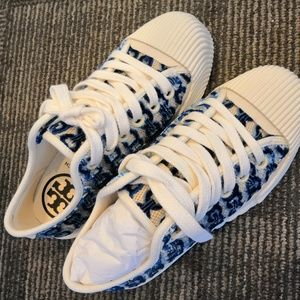 Tory Burch Blue Gemini Link Buddy Sneaker 6.5 NWT